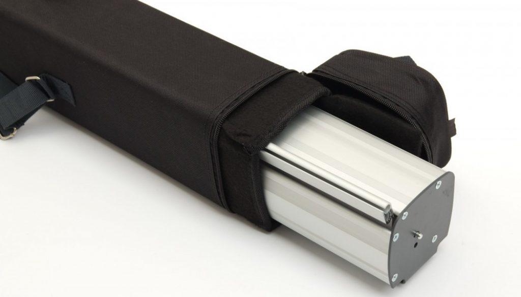 roll-up-standard (1)